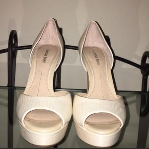 Gianni Bini Brand New High Heel Size 7.5